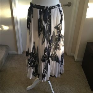 Banana Republic skirt with Liner